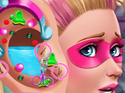 Click to Play Super Doll Ear Doctor